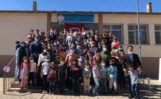 """Erimli İlkokulu  """"İlköğretim Haftası"""" etkinlikleri düzenledi."""